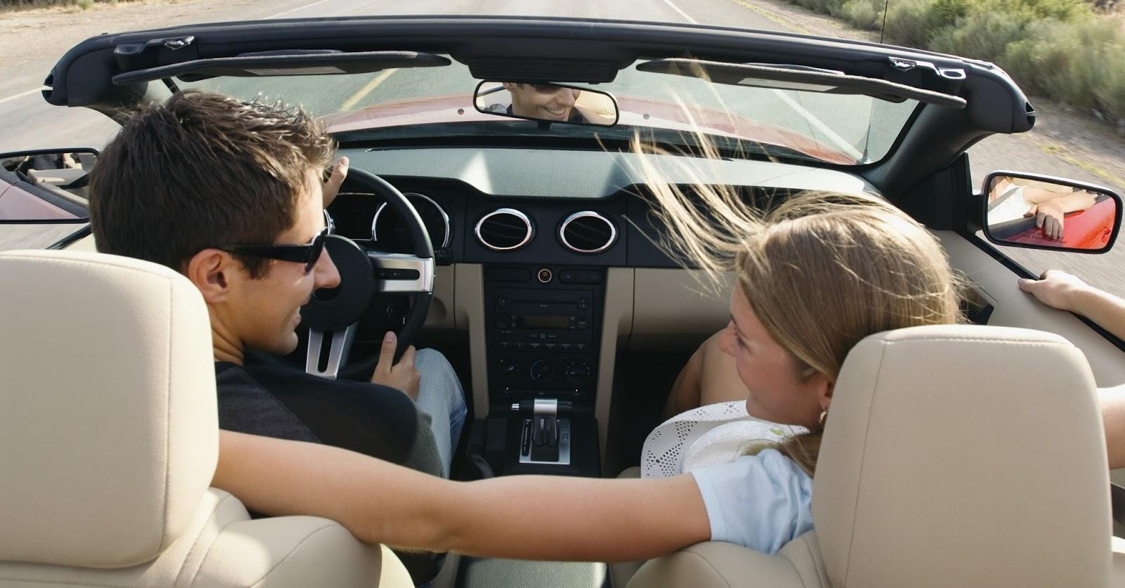 Смотреть клип где едет на машине мужик и девушки к нему подсажеваются в машину 23 фотография