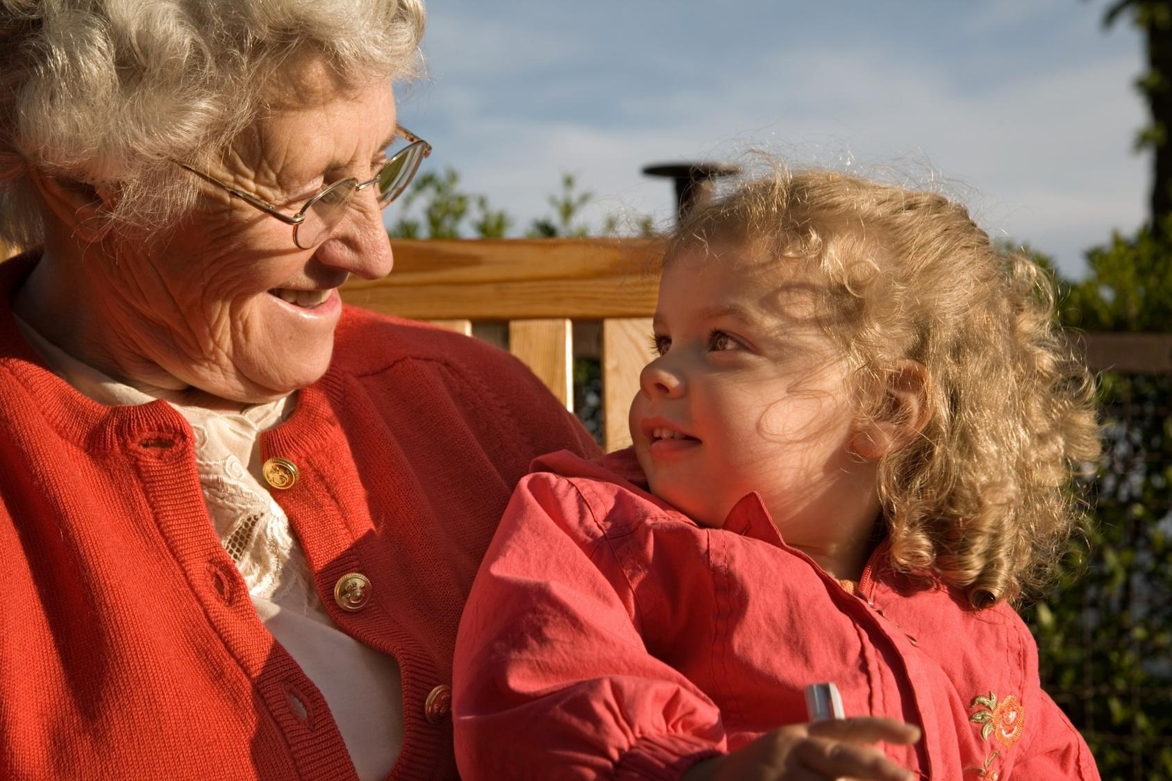 Старуха учит внука любви 7 фотография