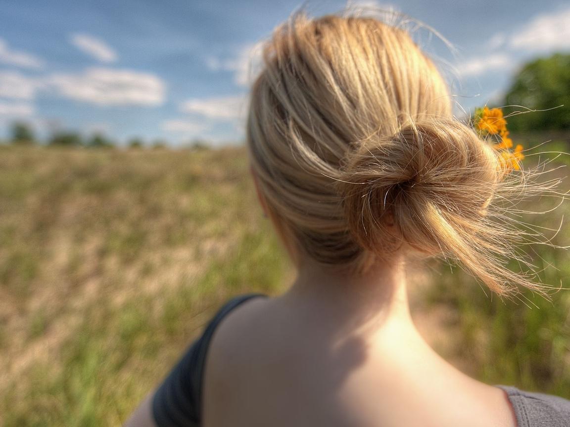 Фото девушки с русыми волосами вид со спины 19 фотография