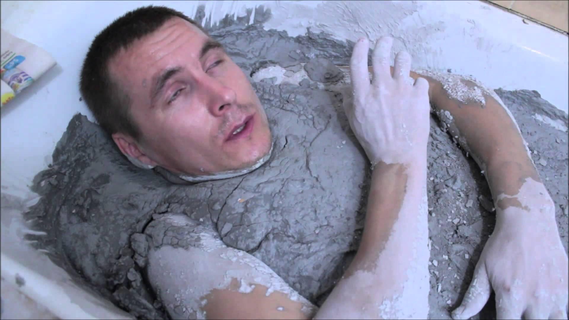 Увидела отчима в ванной 29 фотография