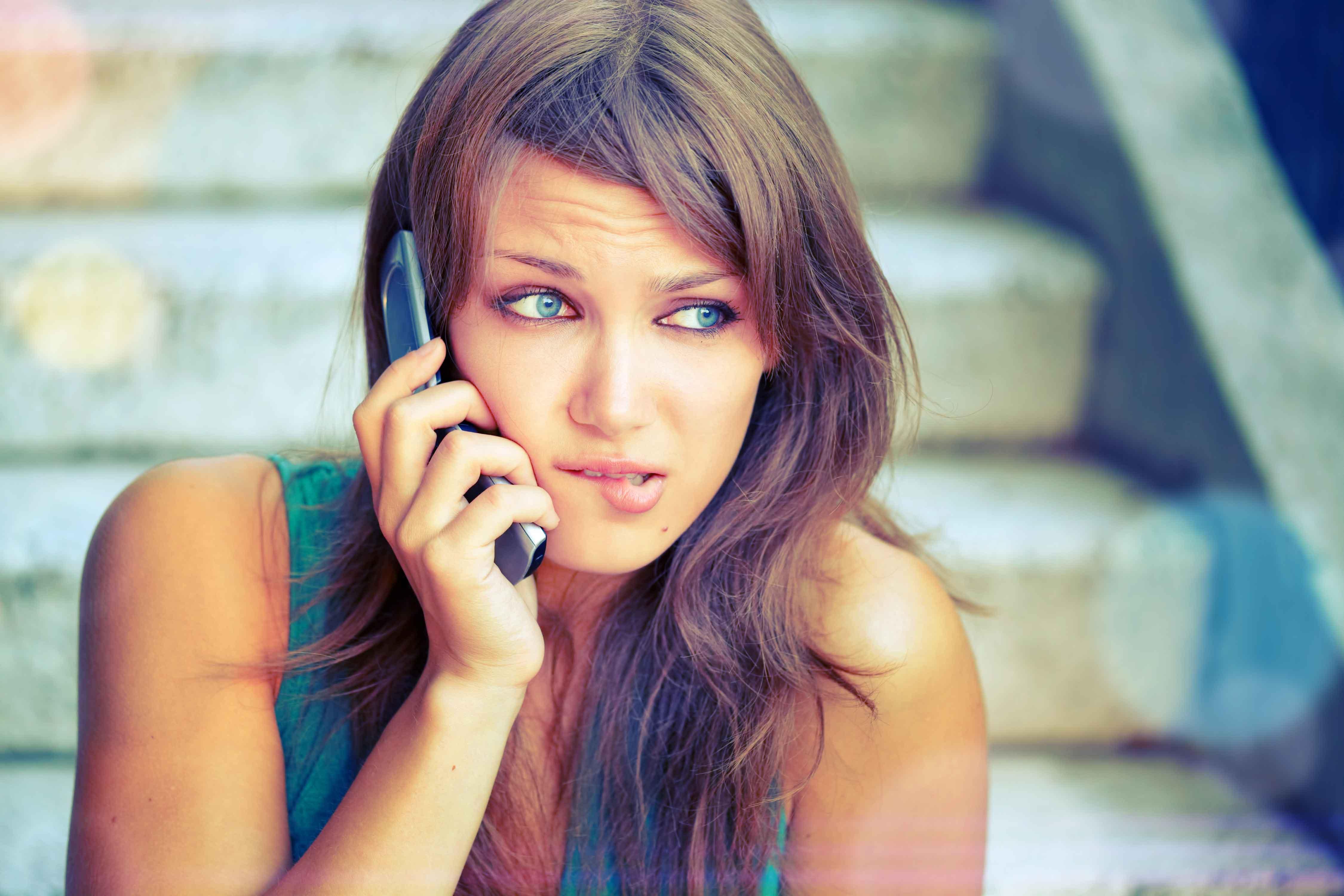 Шалавки бесплатно телефон 23 фотография