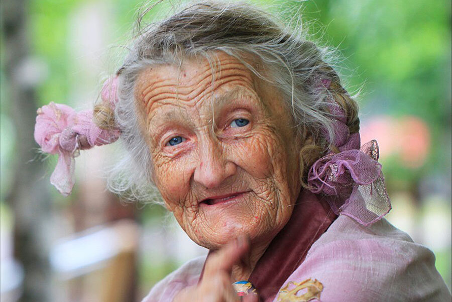 Картинки со смешными бабулями