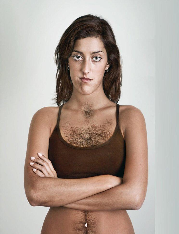 У женщины волосатая грудь фото