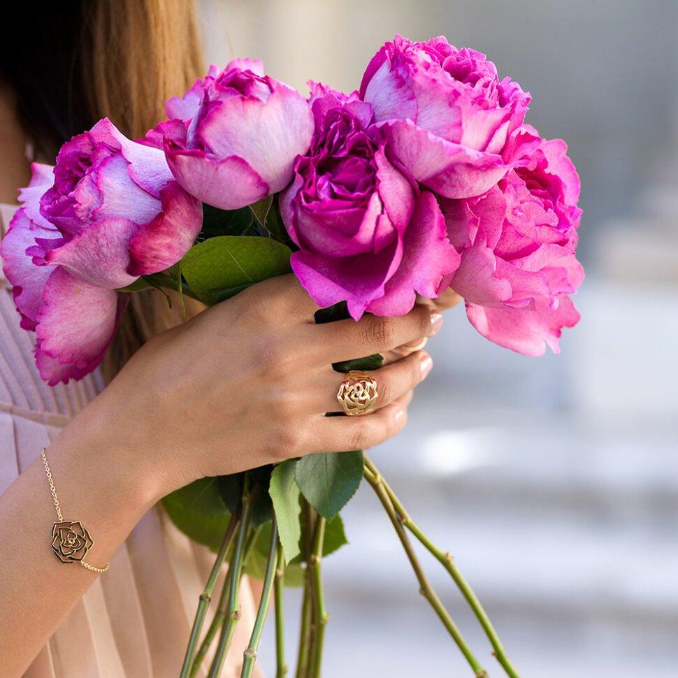 Сон огромный букет цветов