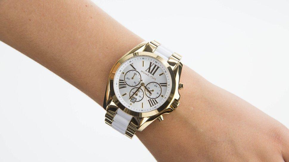Оригинальные женские и мужские часы michael kors (майкл корс) можно купить с бесплатной доставкой по всей россии в магазине watchavenue!