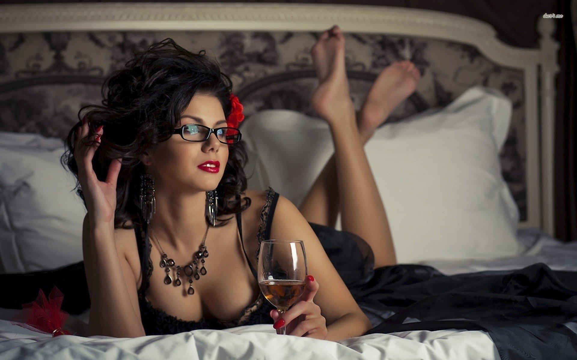 Секс замужних женщин фото, Замужние дамы удовлетворяют любовников порно фото 16 фотография