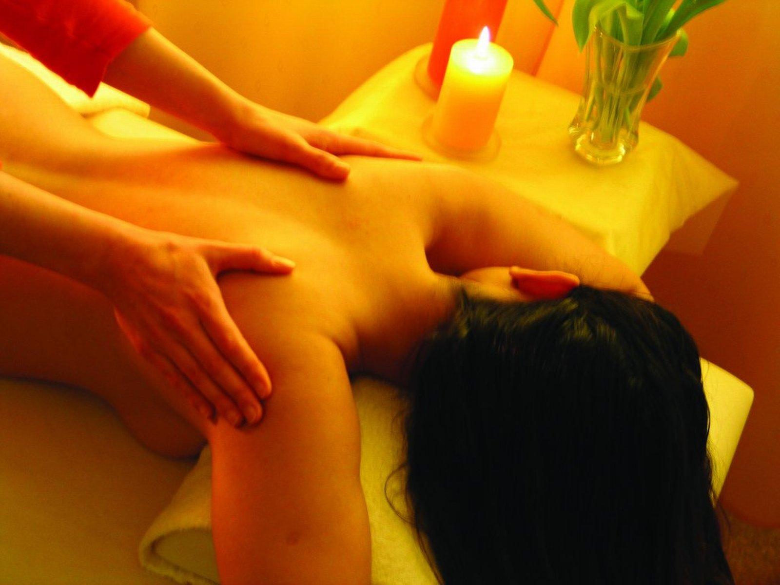 секс-массаж в хабаровске посмотрел