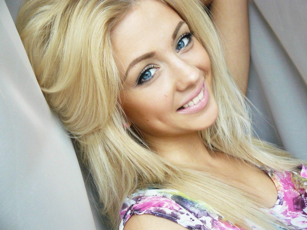 фото одной девушки красивой блондинки в большом количестве мужик