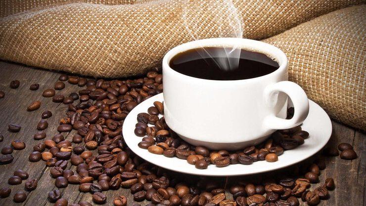 Что вреднее кофе или сигареты