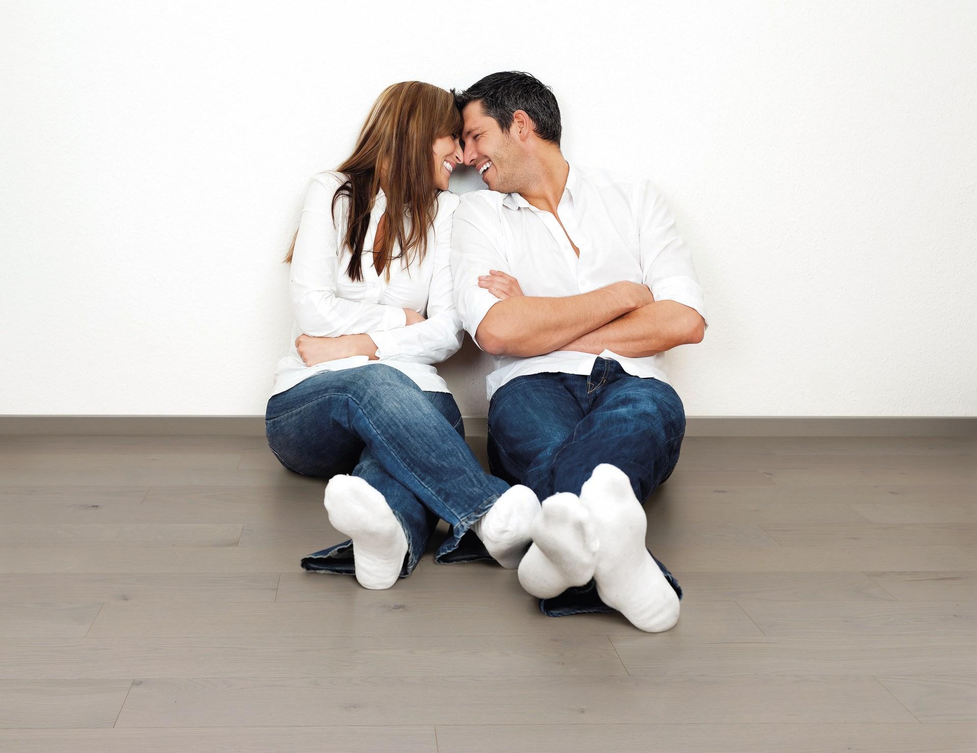 Муж жена первый раз замышляет?