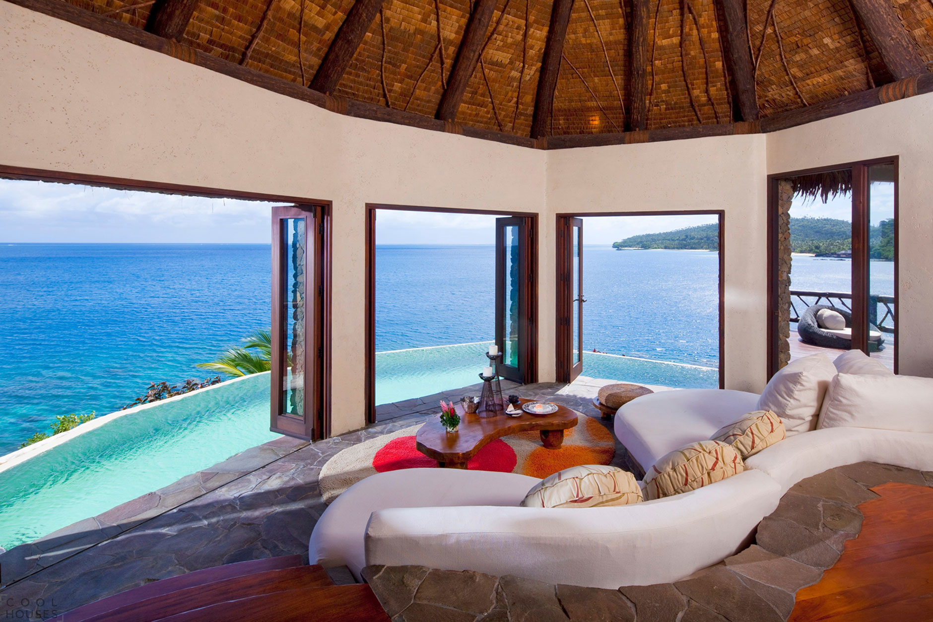 самые красивые отели мира внутри фото принадлежность золотой