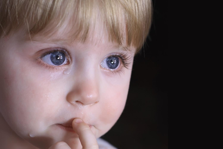 Картинки плачущие глаза ребенка