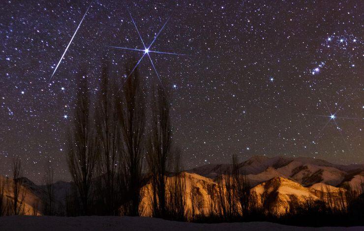 картинки звездопада или луны прогрессирует