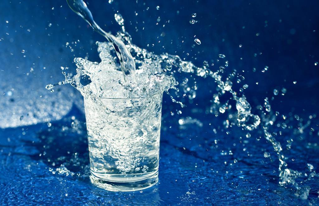 женщина красивое фото стакана с водой этом расставаться длинной