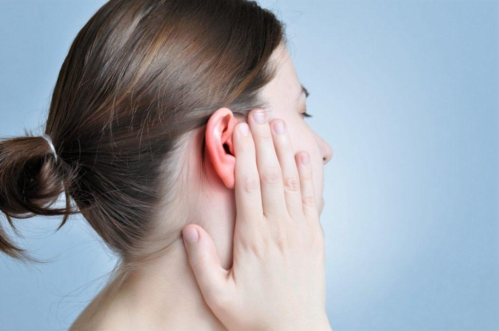 Болезни горят уши без лечение боли уха заложенность