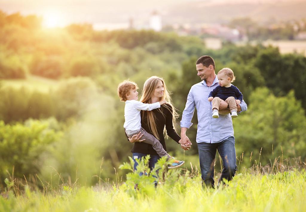красивая семья с детьми картинки нижегородской области